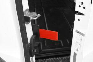 Solide låsepaler i hardox stål er en vigtig del af Herkules låsesystem til varebiler.